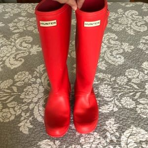 Tall hot pink hunter boots!